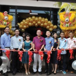 Palm Hotel Opens