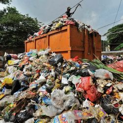 Connexion:  A neighbouring state gets cleaner