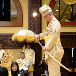Sultan Nazrin Shah Crowned as the 35th Sultan of Perak Darul Ridzuan