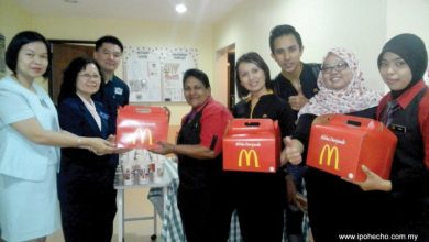 Photo of McDonald's Visits Dialysis Unit