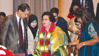 Photo of Rotary Club Honours Dato' Dr Majumder