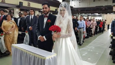 Photo of Record-breaking Wedding Veil