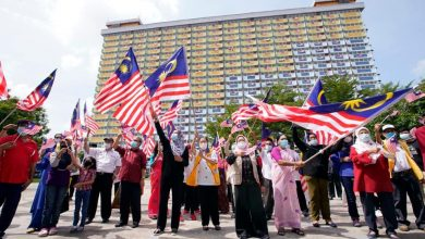 Photo of 340 Jalur Gemilang Flags Waved at Kinta Heights Flats