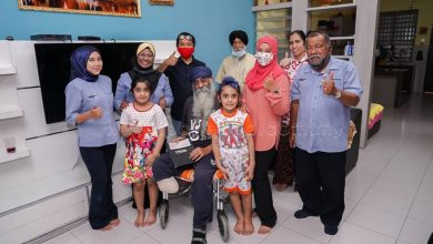 Photo of RM10,000 by MB Inc as an Appreciation of Jaspal's Services