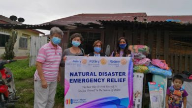 Photo of Rotary Club Helps Flood Victims