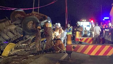 Photo of Three Victims Confirmed Dead in a Flipped Cement Trailer