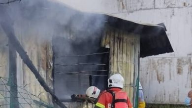 Photo of Oil Factory Cabin and Containers Consumed by Fire, No Victims Reported