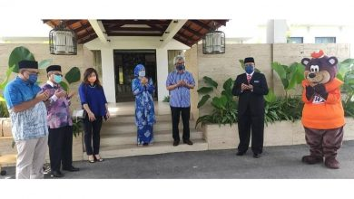 Photo of Raja Di-Hilir Donates Food to Patients and Frontliners