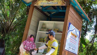 Photo of Helping Local Residents via Gerobok Rezeki Opah Minah