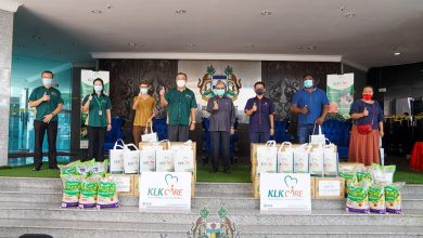 Photo of KLK and MBI Contribute Food Packs to 237 Families