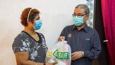 Photo of Food Aid to Underprivileged R. Suganthi
