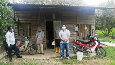 Photo of Elderly Appeals for Decaying House to be Repaired