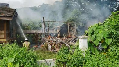 Photo of Fire at an Empty House Lot in Ipoh, No Victims Reported