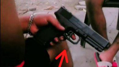 Photo of Men Arrested for Possessing Imitation Gun